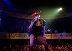 Grace Jones: Bloodlight And Bami thumbnail